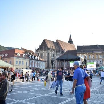 Den Sorte Kirke, Romanias største.